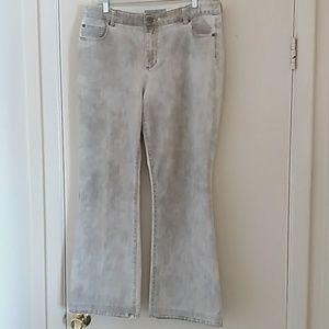 Chicos Women Denim Jeans Platinum Denim Size 2.5 R